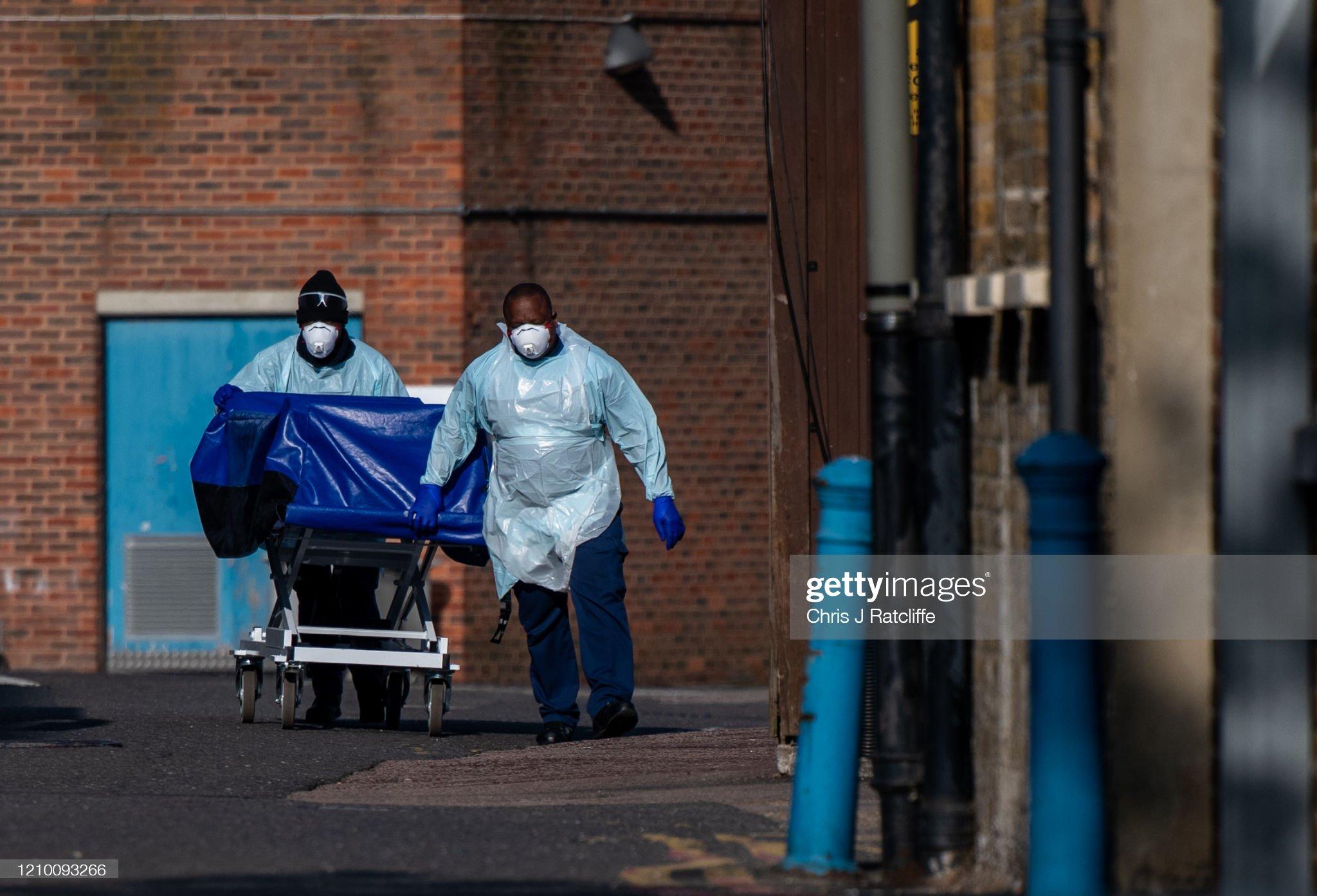 UK In Fourth Week Of Coronavirus Lockdown As Death Toll Exceeds 10,000 : News Photo