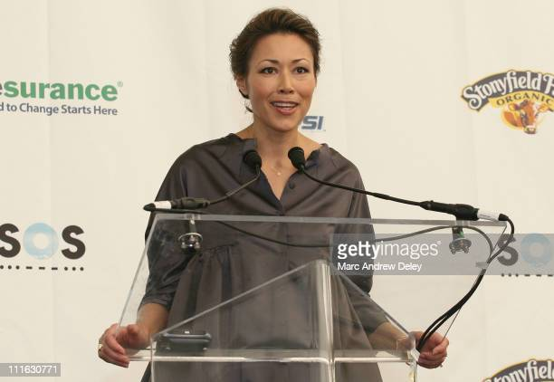 Host Ann Curry poses in the press room at the Live Earth New York Concert held at Giants Stadium on July 7, 2007 in East Rutherford, New Jersey