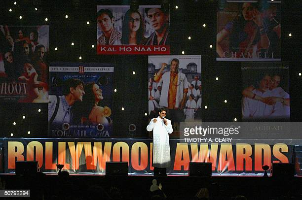 Host Arshad Warsi opens the show during the 2004 Bollywood Movie Awards at the Trump Taj Mahal 01 May 2004 in Atlantic City New Jersey The fourth...