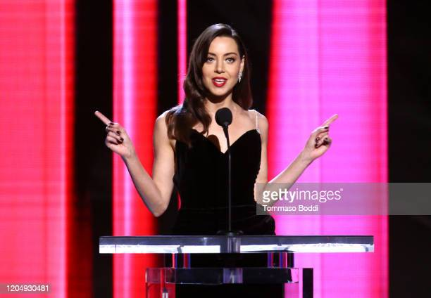 Host Aubrey Plaza speaks onstage during the 2020 Film Independent Spirit Awards on February 08, 2020 in Santa Monica, California.