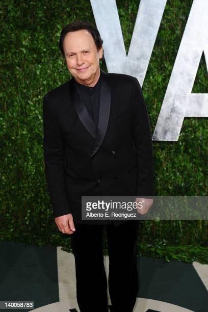Host Billy Crystal arrives at the 2012 Vanity Fair Oscar Party hosted by Graydon Carter at Sunset Tower on February 26 2012 in West Hollywood...