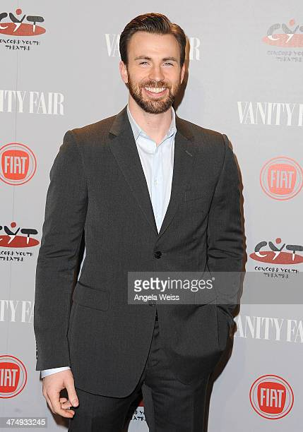 Host Chris Evans attends the Vanity Fair Campaign Hollywood 'Young Hollywood' party sponsored by Fiat at No Vacancy on February 25 2014 in Los...