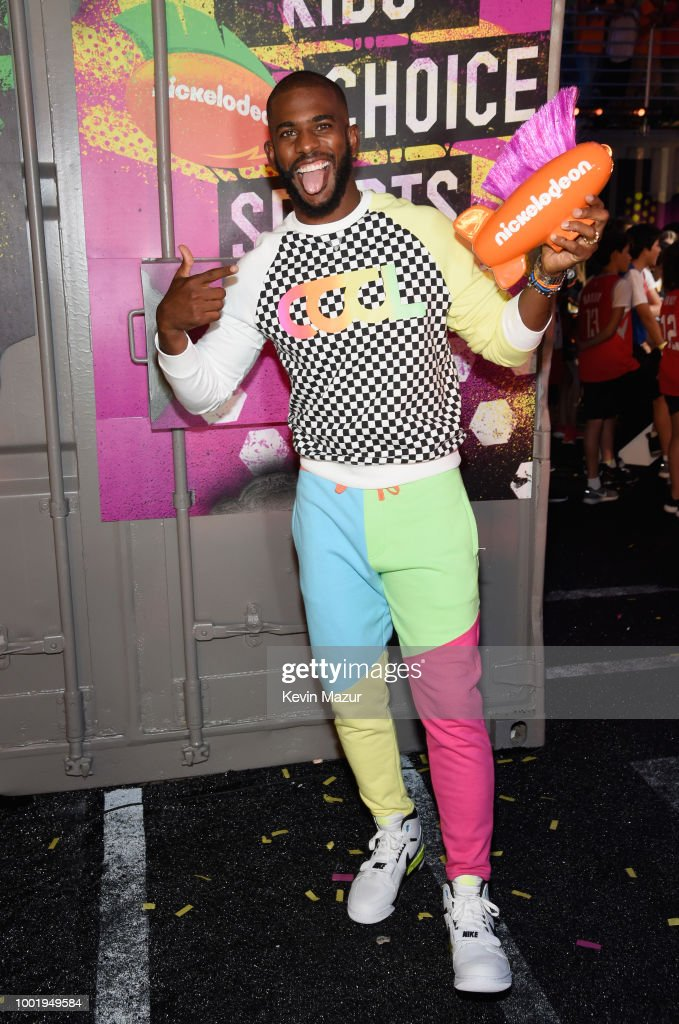 Host Chris Paul poses backstage with his award during the Nickelodeon Kids' Choice Sports 2018 at Barker Hangar on July 19, 2018 in Santa Monica, California.