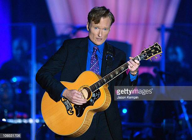 Host Conan O'Brien performs at the VH1 Save The Music 10th Anniversary Gala at The Tent at Lincoln Center on September 20, 2007 in New York City.