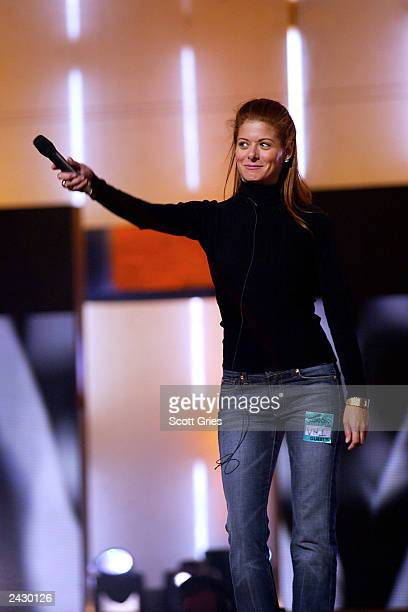 Host Debra Messing rehearses for the 2002 VH1/Vogue Fashion Awards at Radio City Music Hall in New York City 10/14/02 Photo by Scott Gries/Getty...