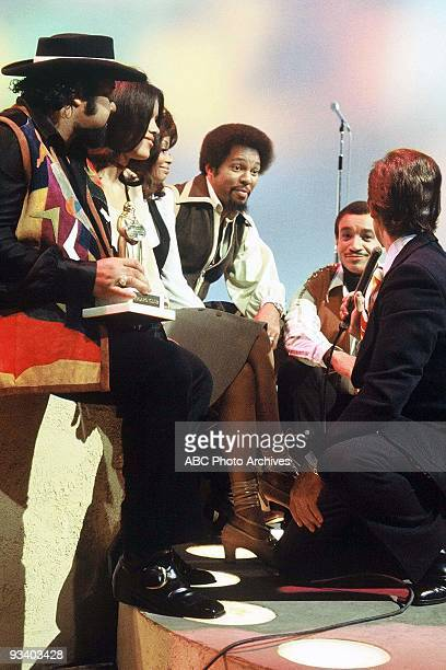 BANDSTAND 9/13/1969 Host Dick Clark interviews The Fifth Dimension on American Bandstand