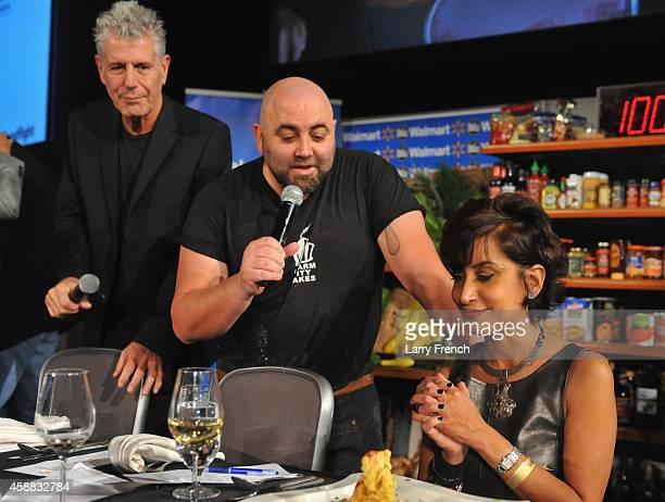 Host Duff Goldman brings out potato chips dish for blogger food expert Alli Guleria to degustate during the DC Central Kitchen's Capital Food Fight...