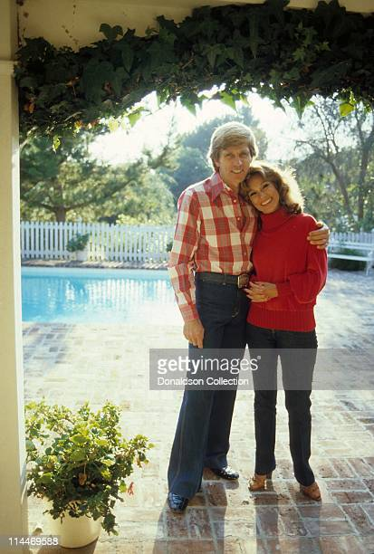 Host Gary Collins Wife/Former Miss America Mary Ann Mobley pose for a portrait in 1979 in Los Angeles California