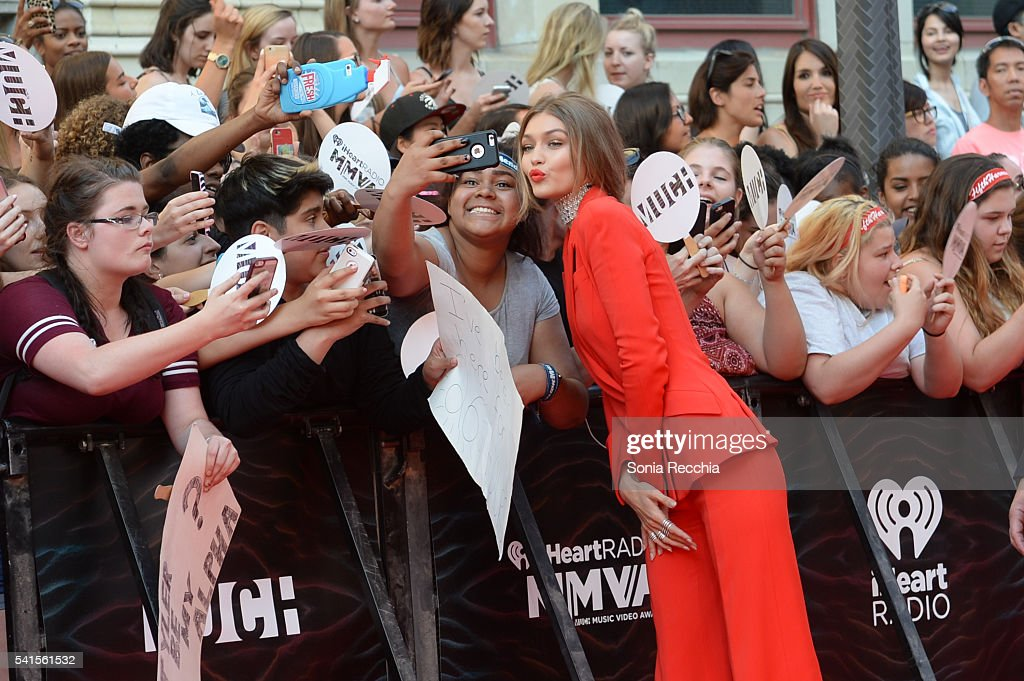 Host Gigi Hadid arrives at the 2016 iHeartRADIO MuchMusic Video Awards at MuchMusic HQ on June 19th, 2016 in Toronto, Canada.