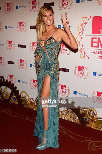 Host Heidi Klum attends the MTV EMA's 2012 at Festhalle Frankfurt on November 11 2012 in Frankfurt am Main Germany