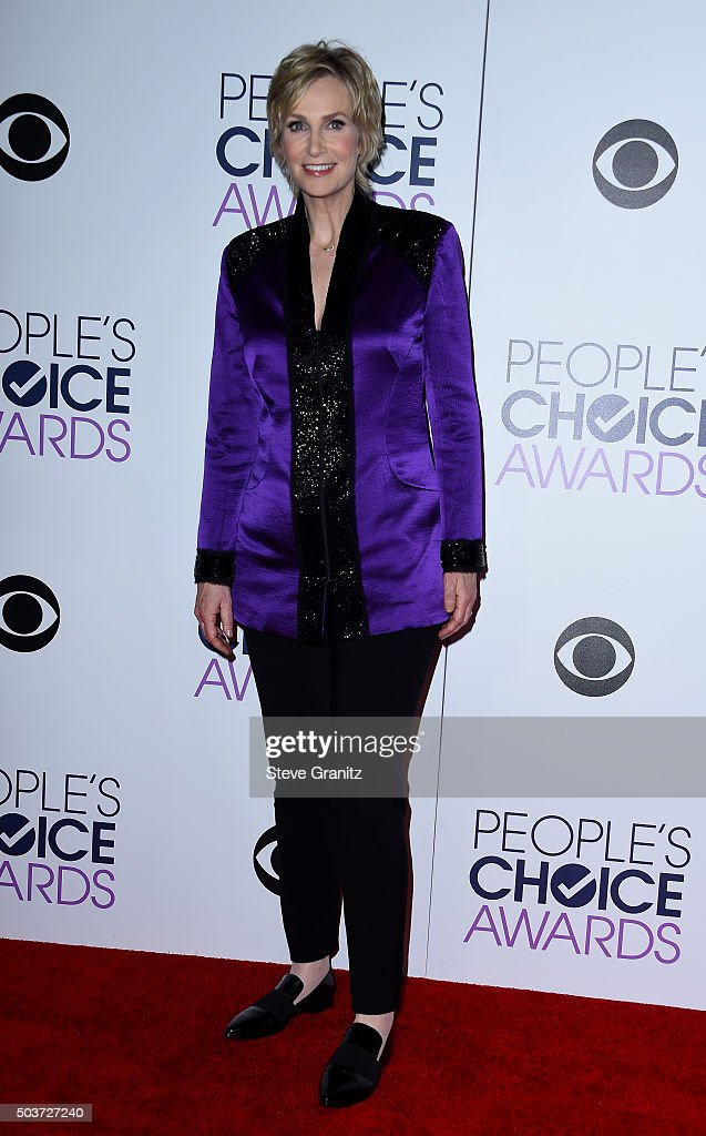 Host Jane Lynch poses in the press room during the People's Choice Awards 2016 at Microsoft Theater on January 6, 2016 in Los Angeles, California.