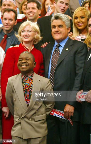 Host Jay Leno poses with candidates actor Gary Coleman and Iris Adams of the ninety candidates for governor of California on the set of the 'Tonight...