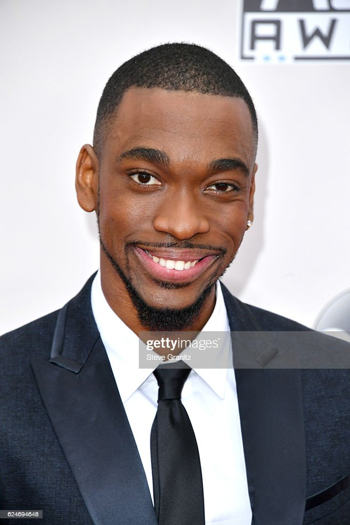 Host Jay Pharoah attends the 2016 American Music Awards at Microsoft Theater on November 20, 2016 in Los Angeles, California.