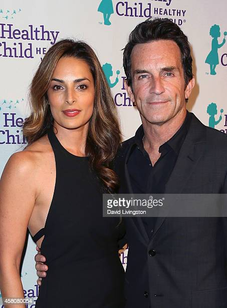 Host Jeff Probst and wife Lisa Ann Russell attend the Mom On A Mission 6th Annual Awards & Gala at the London Hotel on October 29, 2014 in West...