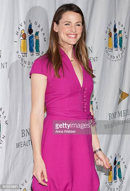 "Host Jennifer Garner arrives to the 12th Annual ""I Have A Dream"" Foundation's Los Angeles Gospel Brunch on February 21, 2010 in Los Angeles,..."