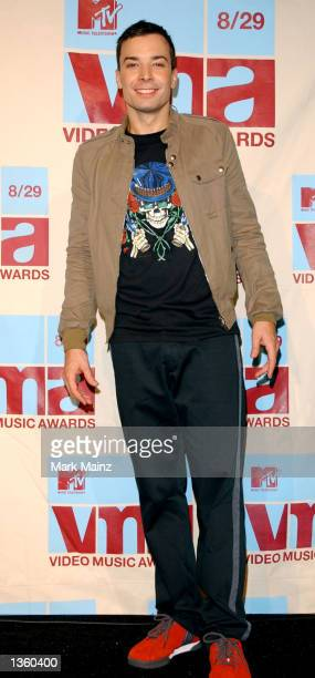 Host Jimmy Fallon poses in the media room at the 2002 MTV Video Music Awards at Radio City Music Hall August 29 2002 in New York City