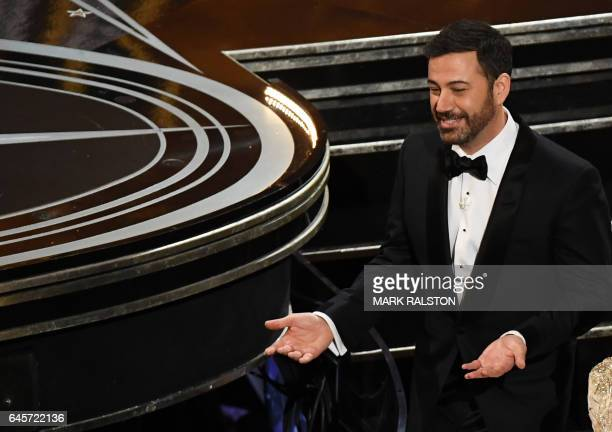 TOPSHOT Host Jimmy Kimmel reacts after the 89th Oscars on February 26 2017 in Hollywood California / AFP / Mark RALSTON