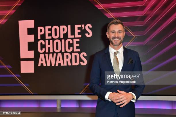 """Host Jochen Schropp during the """"German Personality of 2020"""" as part of the """"E! People's Choice Awards"""" on October 29, 2020 in Munich, Germany."""