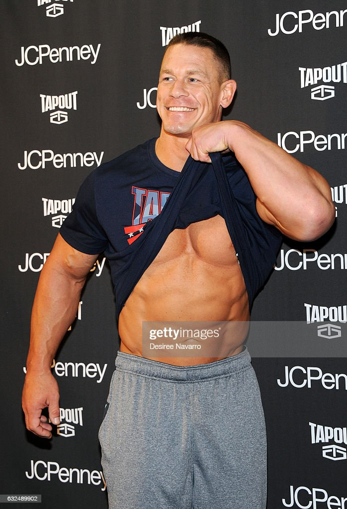 john cena s tapout fitness gear launchの写真およびイメージ
