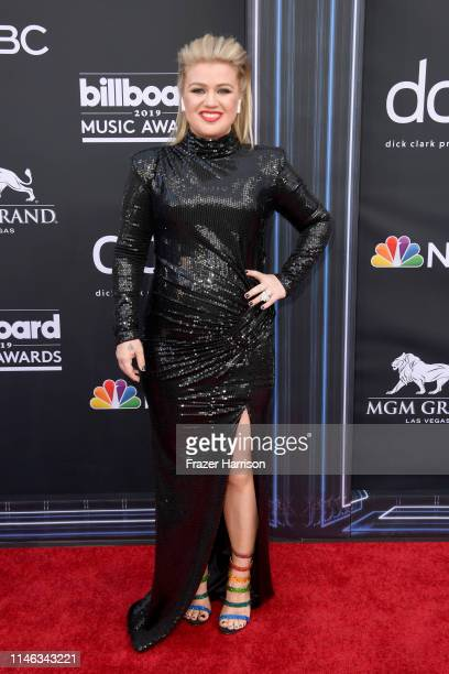 Host Kelly Clarkson attends the 2019 Billboard Music Awards at MGM Grand Garden Arena on May 01 2019 in Las Vegas Nevada