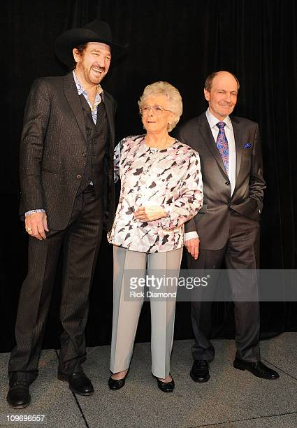 Host Kix Brooks Brooks and Dunn with Honorees Jean Shepard and Bobby Braddock after CMA Announces Bobby Braddock Reba McEntire and Jean Shepard as...