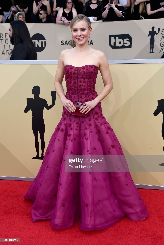 Host Kristen Bell attends the 24th Annual Screen Actors Guild Awards at The Shrine Auditorium on January 21, 2018 in Los Angeles, California.