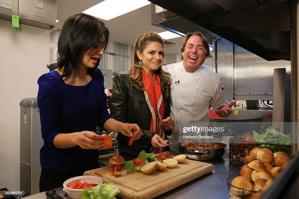 Host Maria Menounos and guests Hilaria Baldwin and chef John Besh tape a segment for 'Extra' in Jackson Square on February 1, 2013 in New Orleans, Louisiana.