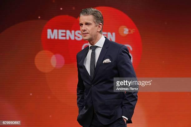 TV host Markus Lanz speaks during 'Menschen 2016' ZDF Jahresrueckblick on December 15 2016 in Hamburg Germany