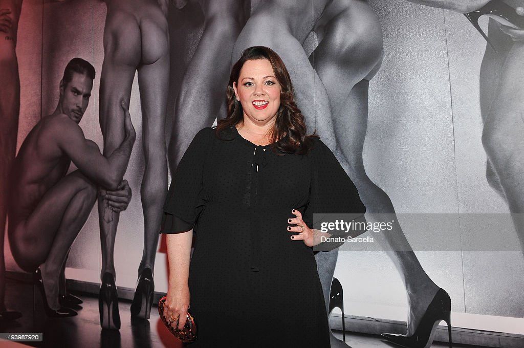 Melissa McCarthy And Eric Buterbaugh Host Brian Atwood's Celebration of PUMPED : News Photo
