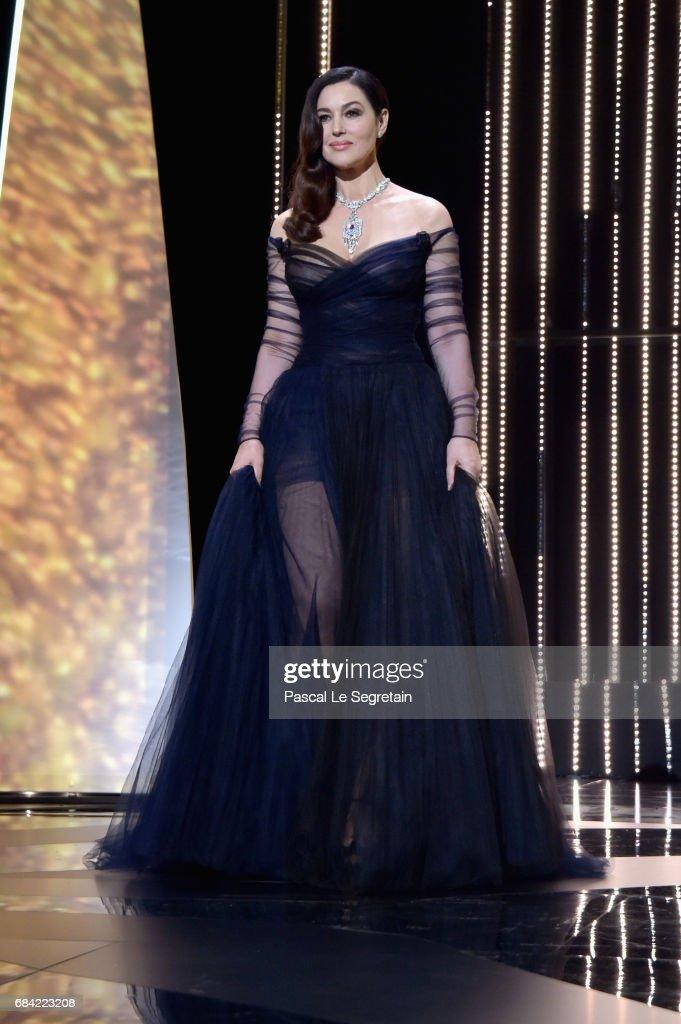 Opening Ceremony - The 70th Annual Cannes Film Festival : Foto jornalística