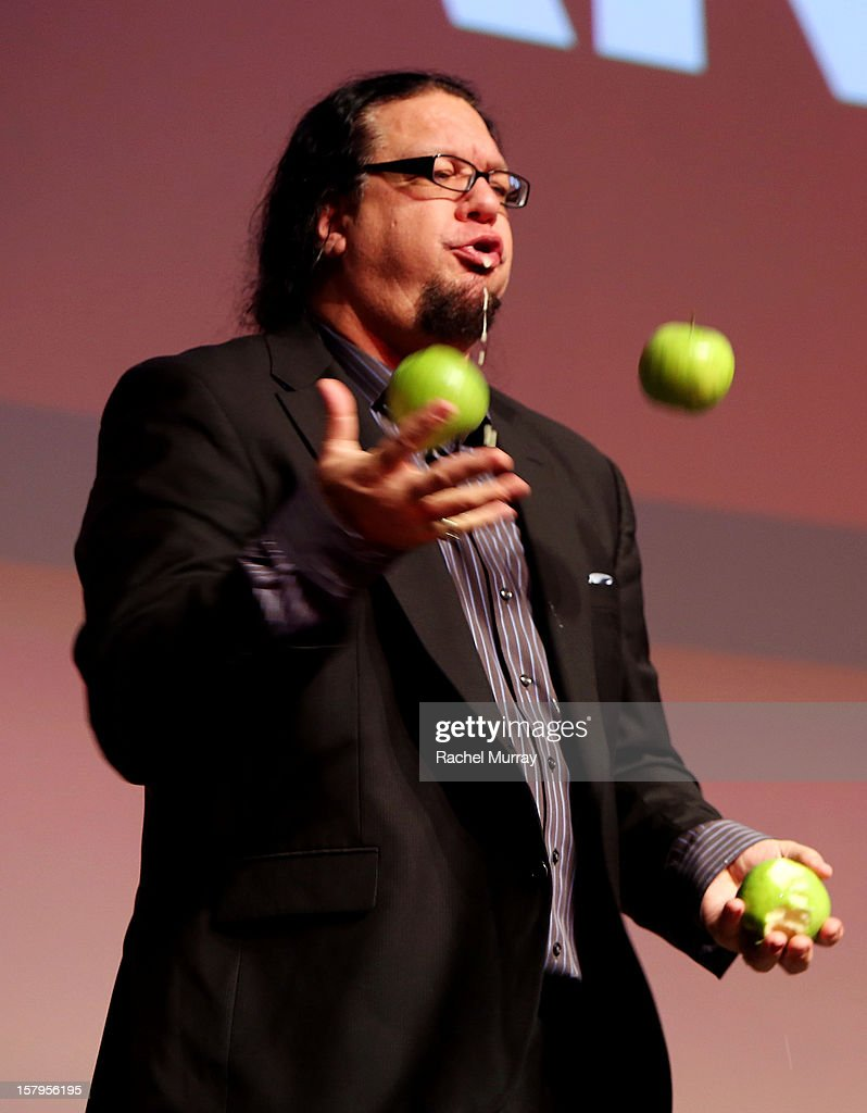 Host Penn Jillette performs onstage during the International Documentary Association's 2012 IDA Documentary Awards at DGA Theater on December 7, 2012 in Los Angeles, California.