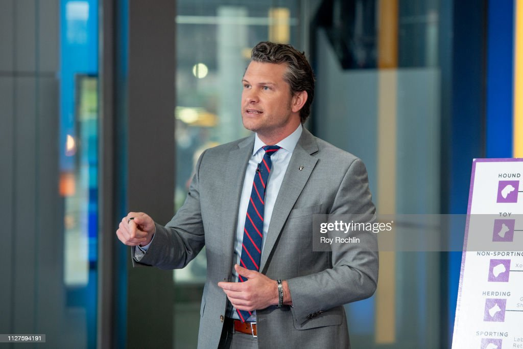 "Nick Lachey Visits ""Fox & Friends"" : News Photo"