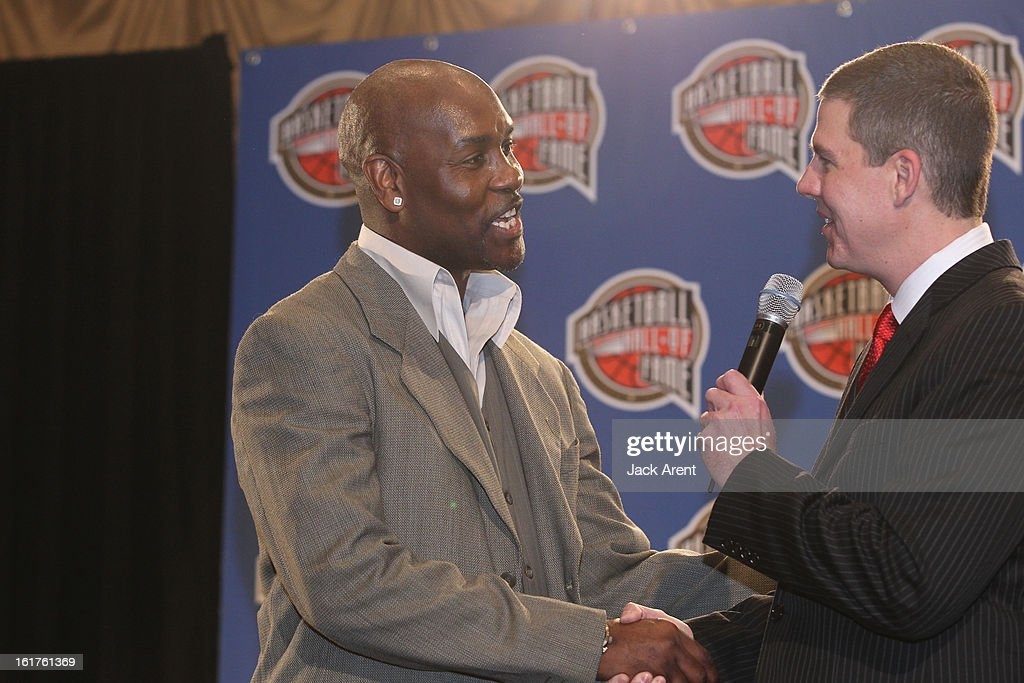Host Rick Kamla speaks to nominee Gary Payton at the Hall of Fame press conference during of the 2013 NBA All-Star Weekend at the Hilton Americas Hotel on February 15, 2013 in Houston, Texas.