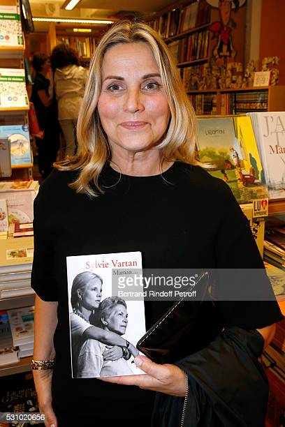 TV host Sophie Favier attends Sylvie Vartan signs her Book 'Maman' at Librairie Lamartine on May 12 2016 in Paris France