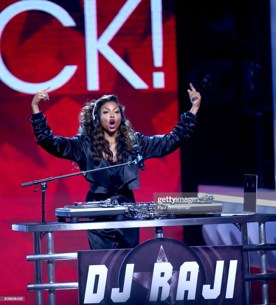 Host Taraji P. Henson performs onstage at the 2017 Black Girls Rock! at NJPAC on August 5, 2017 in Newark, New Jersey.