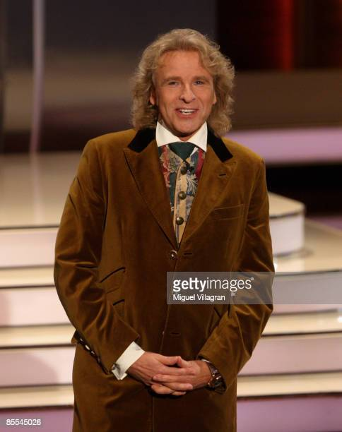 TV host Thomas Gottschalk attends the 'Wetten dass' show at the Olympiahalle on March 21 2009 in Munich Germany