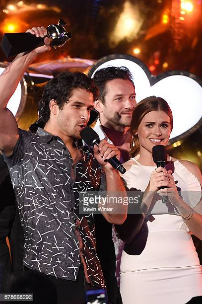 Host Tyler Posey, actors Ian Bohen and Holland Roden speak onstage at the MTV Fandom Awards San Diego at PETCO Park on July 21, 2016 in San Diego,...