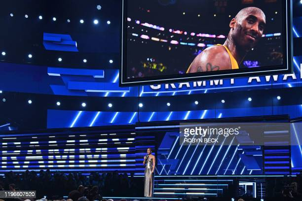 TOPSHOT Host US singersongwriter Alicia Keys speaks about late NBA legend Kobe Bryant during the 62nd Annual Grammy Awards on January 26 in Los...