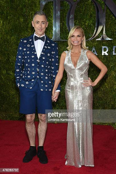 Hosts Alan Cumming and Kristin Chenoweth attend the 2015 Tony Awards at Radio City Music Hall on June 7 2015 in New York City