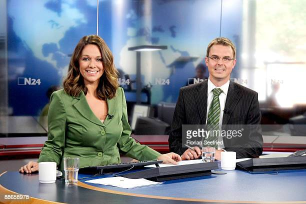 Tv Hosts Of N24 Tatjana Ohm And Thomas Klug Pose In The N24 Studio