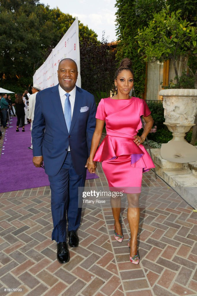 Hosts Rodney Peete (L) and Holly Robinson Peete at HollyRod Foundation's DesignCare Gala on July 15, 2017 in Pacific Palisades, California.