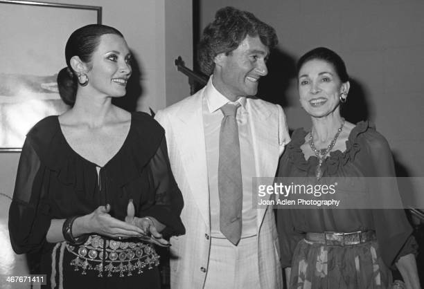 Hosts Vidal and Beverly Sassoon pose with the guest of honour Dame Margot Fonteyn at a reception at their home on June 1 1978 in Beverly Hills...