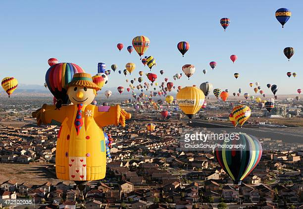 hot air balloon festival launch - balloon fiesta stock pictures, royalty-free photos & images
