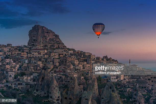Hot air balloon over Uchisar castle