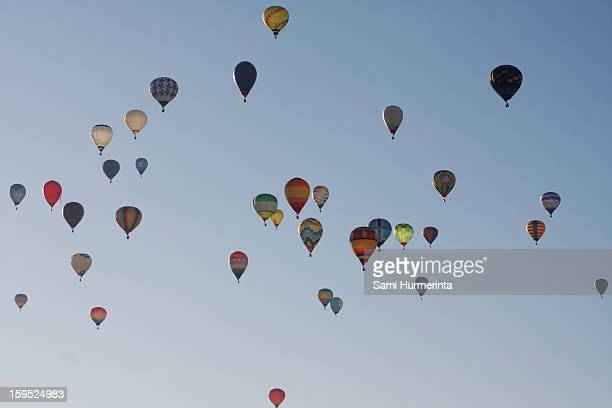 hot air balloons in the sky - 佐賀県 ストックフォトと画像