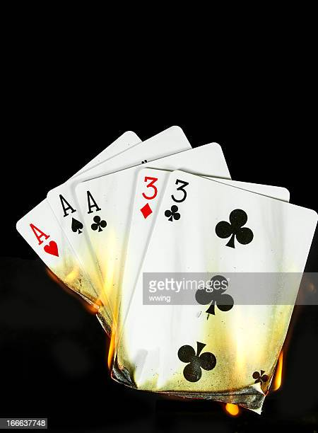 Cartão de mãos quentes. Full Casa