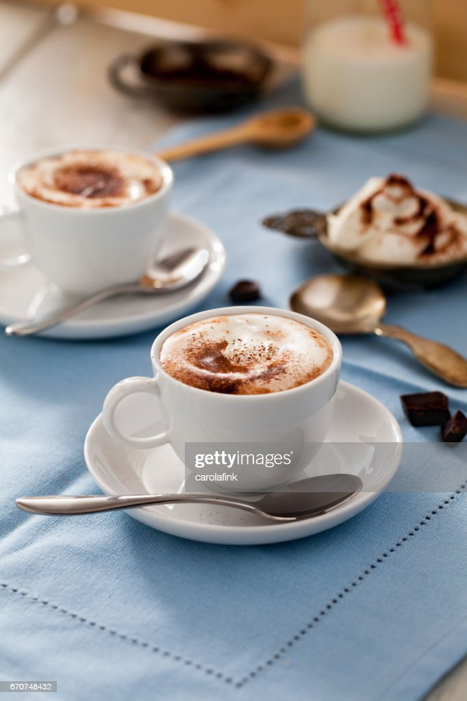 Hot chocolate with cream : Stock-Foto