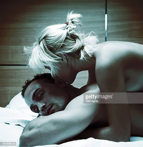 hot couple - male female nude stock pictures, royalty-free photos & images