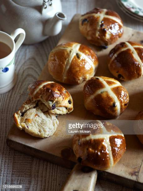hot cross buns - easter stock pictures, royalty-free photos & images