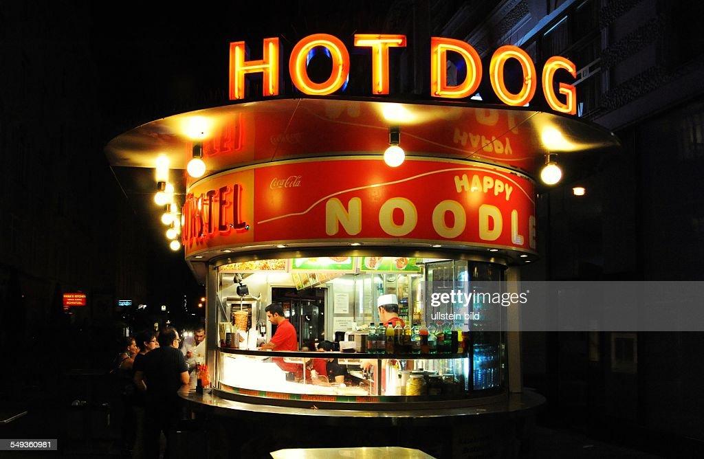 Hot Dog Bude Im  Bezirk In Wien